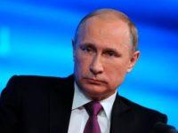 Путин заявил, что в 2018 году зарплаты бюджетникам увеличат