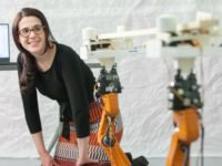 Роботы-плотники из MIT научились делать мебель по чертежам